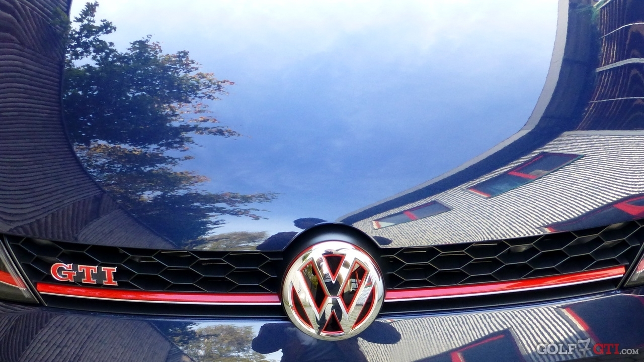 vw zeichen logo emblem k hlergrill heckklappe golf 7 gti community forum. Black Bedroom Furniture Sets. Home Design Ideas