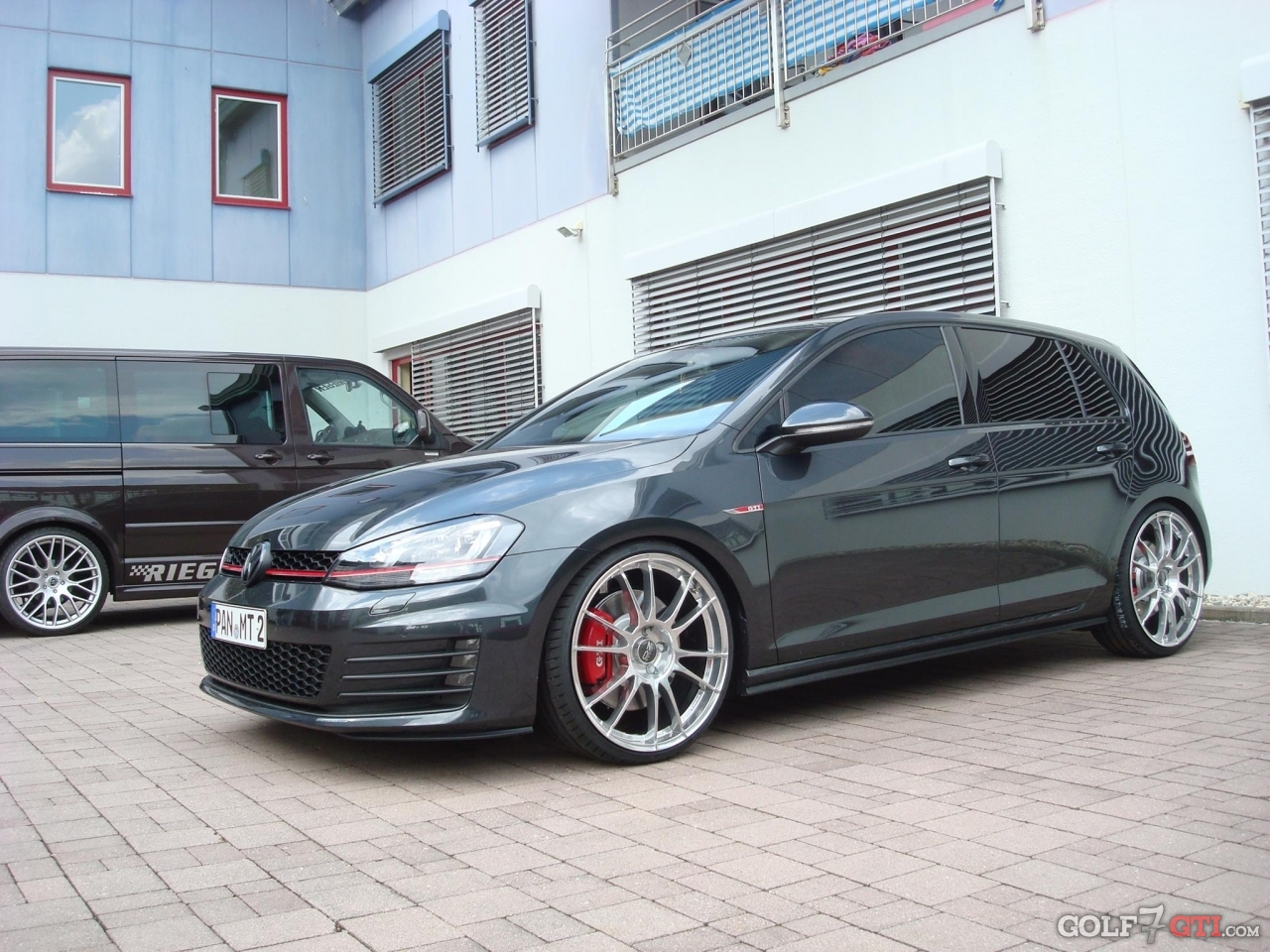 lowered golf gti vii appreciation thread. Black Bedroom Furniture Sets. Home Design Ideas