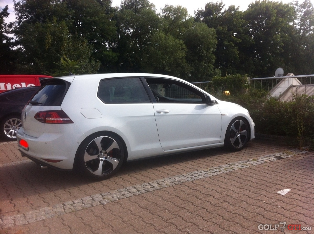 golf 7 gti community forum autos weblog. Black Bedroom Furniture Sets. Home Design Ideas